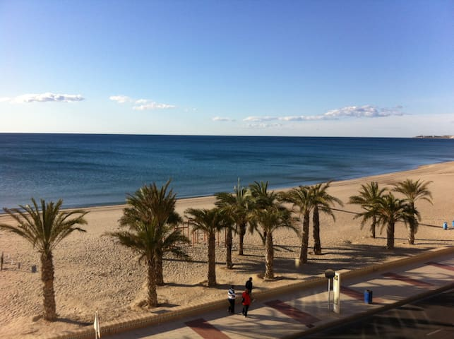 Beachfront Studio for 2/3 pers - El Campello - Apartamento