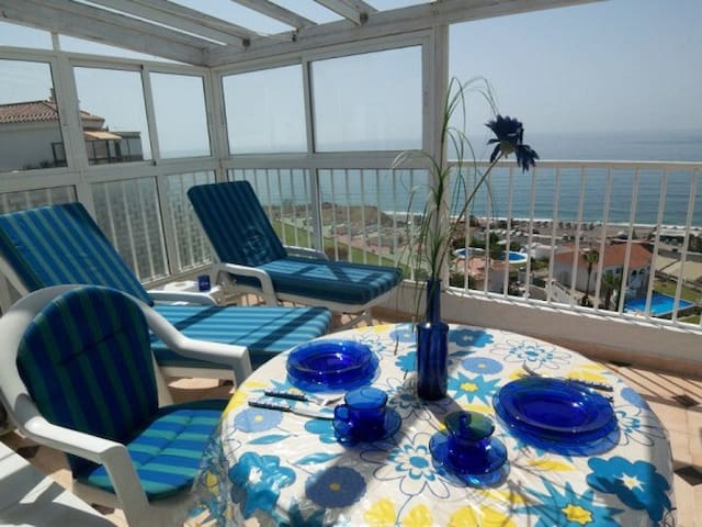 Penthouse with sea view, air con - Torrox Costa - Apartament