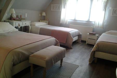 """Les Chambres du Confiturier """" La Forêt"""" - Lalandelle"""