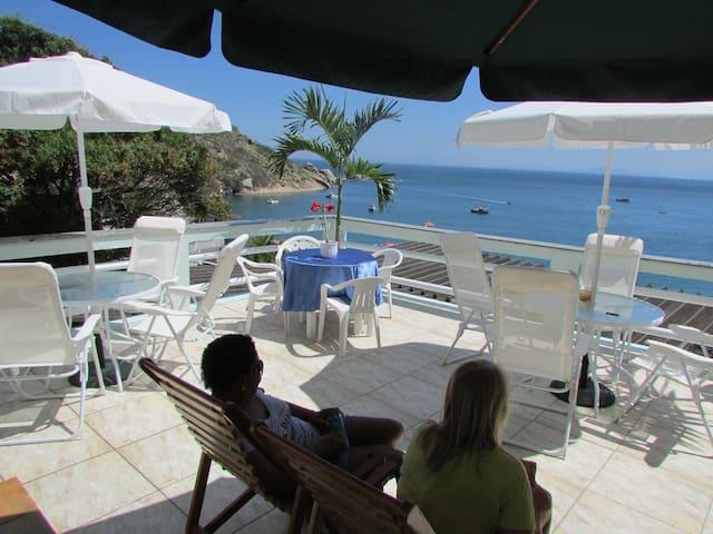 Bed & breakfast face à la mer