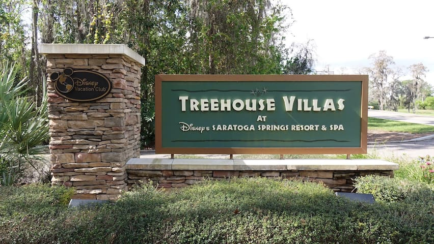 Disney Treehouse Villas Thanksgiving 2019