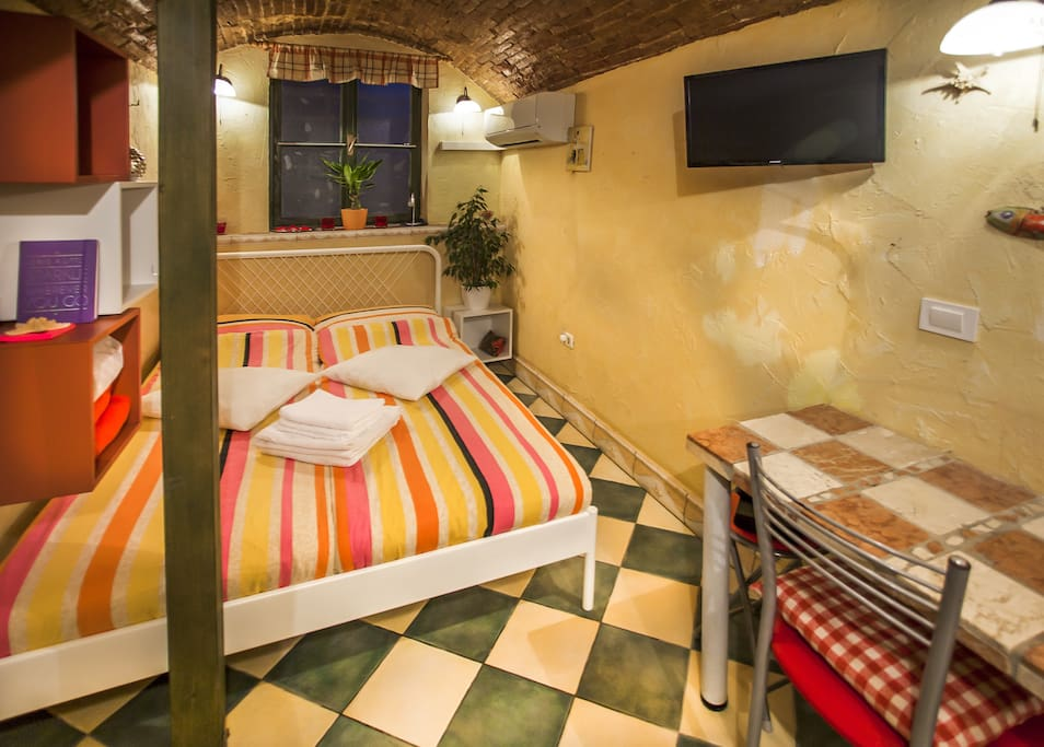 Studio apartment also features Sat-TV and air conditioning.