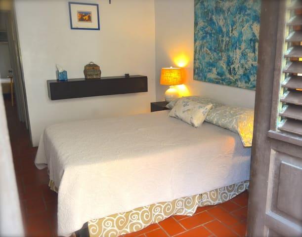 Casa Old San Juan Guest House 2B Apt.