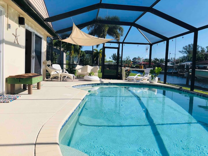 "NEW!! ""Dockside"" HTD Pool~Golf Cart*~Canal"