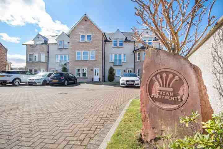 Ground Floor Luxury Apartment - Crown Inverness