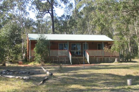 Farm Cottage in Hunter Valley - Ellalong