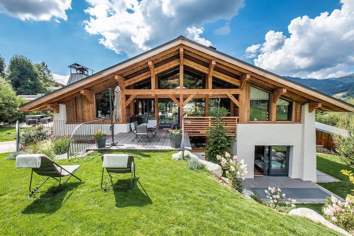 Chalet de Luxe LARGO - Proche centre et pistes ski