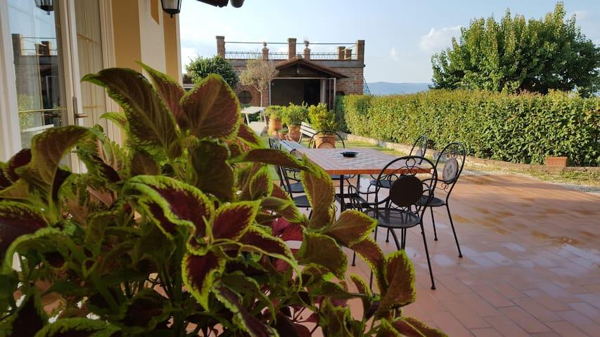 """""""Bellavista""""la tua romantica vacanza sul Trasimeno"""