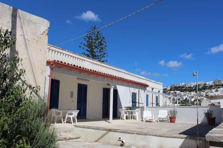 Apartment Punta Correnti - Rooftop Terrace Seaview