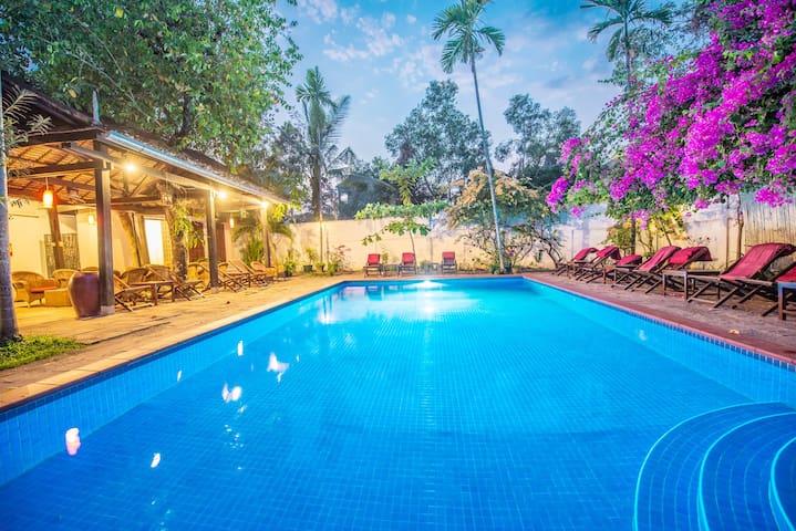 Deluxe Double Private Balcony : Sizen Retreat &Spa