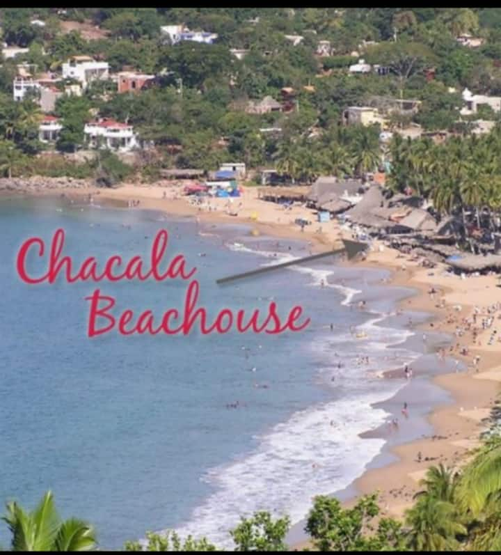 CHACALA BEACH HOUSE: ON THE SAND(Sleeps up to 7)