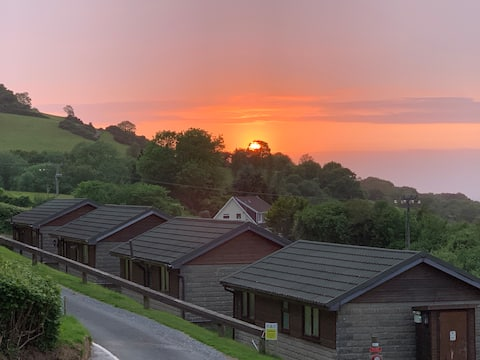 Pet Friendly Chalet in Combe Martin, North Devon