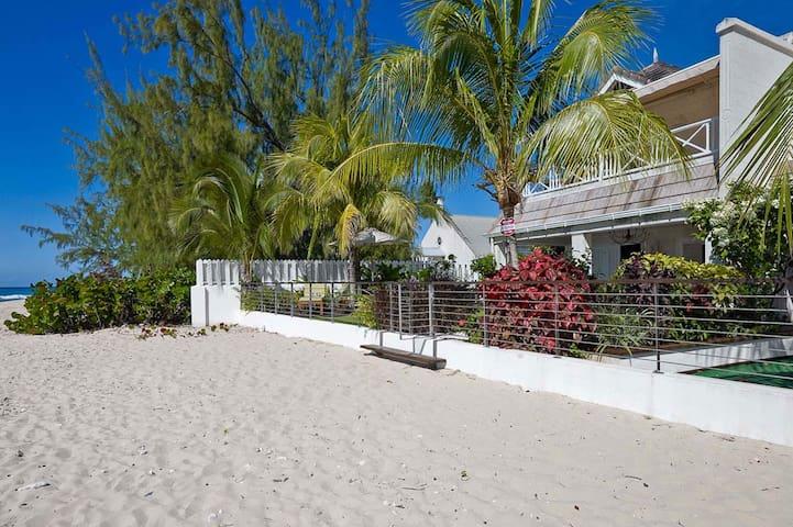 Radwood Beach Villa 2