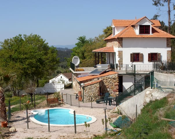 Peaceful Farmhouse with Pool - Arganil - House