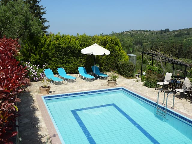 Villa Toula with pool, Nr Armeni - Chania - Vila