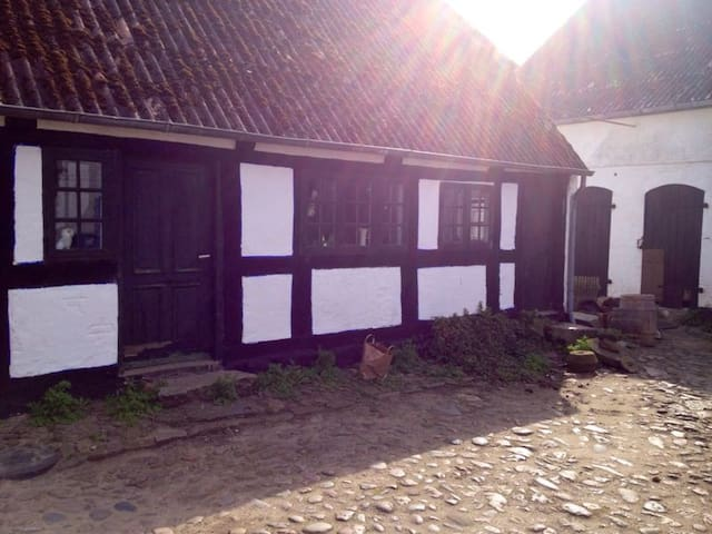 Antique rooms on Ærø - Ærøskøbing - Apartament
