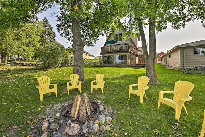 NEW! Rock River Waterfront Cabin: Dock & Game Room