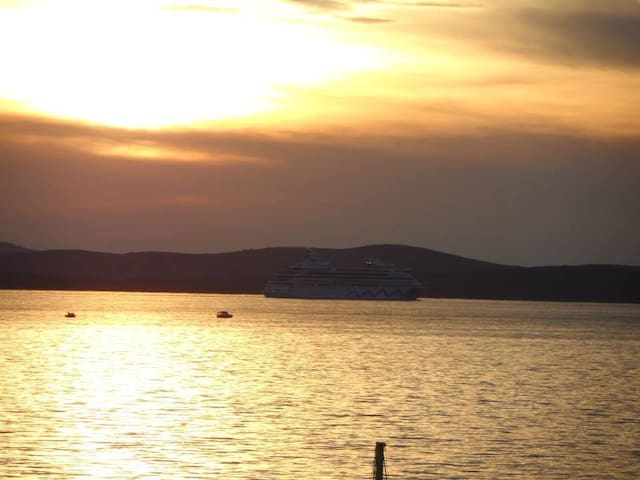 in a quiet position,across the sea.... DIKLO-beautiful scenery,area and a place where the apartment is located