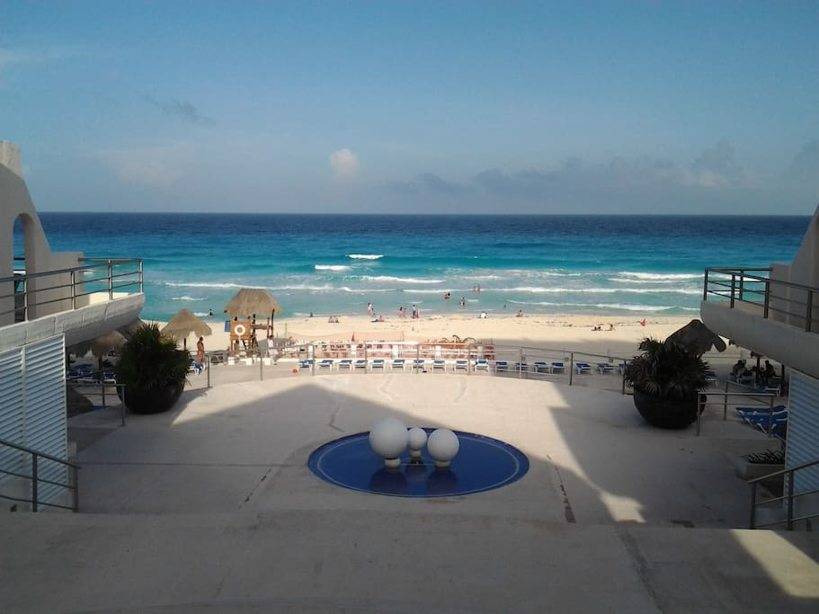 Villas marlin condominiums apartments for rent in canc n for Villas marlin cancun