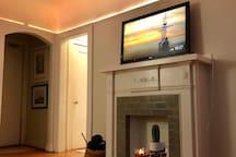 TV w/ Google Chromecast