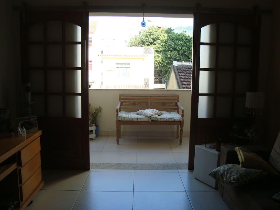 Sala com varanda integrada