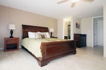 Cal king bed with comforter