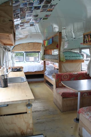 Cheerful Blue Bus Delivered to your House - Chico - Camper/RV