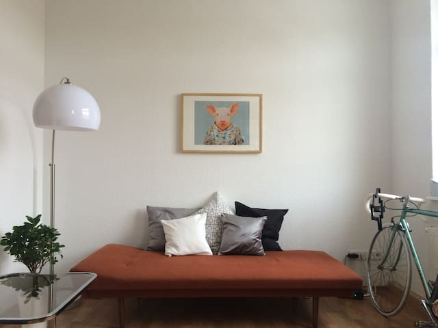 Cozy 2-Room Apartment at the Elbe - Dresden - Apartment