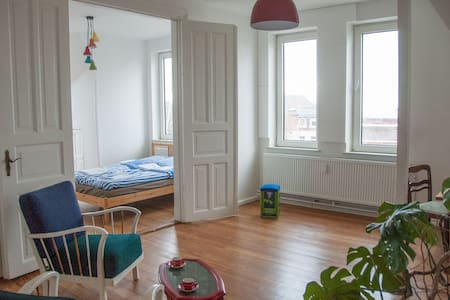 2 bright rooms with a view - Flensburg - Daire