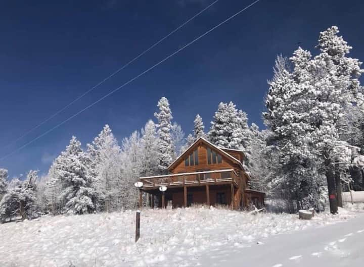 Beautiful cozy cabin near historical South Park