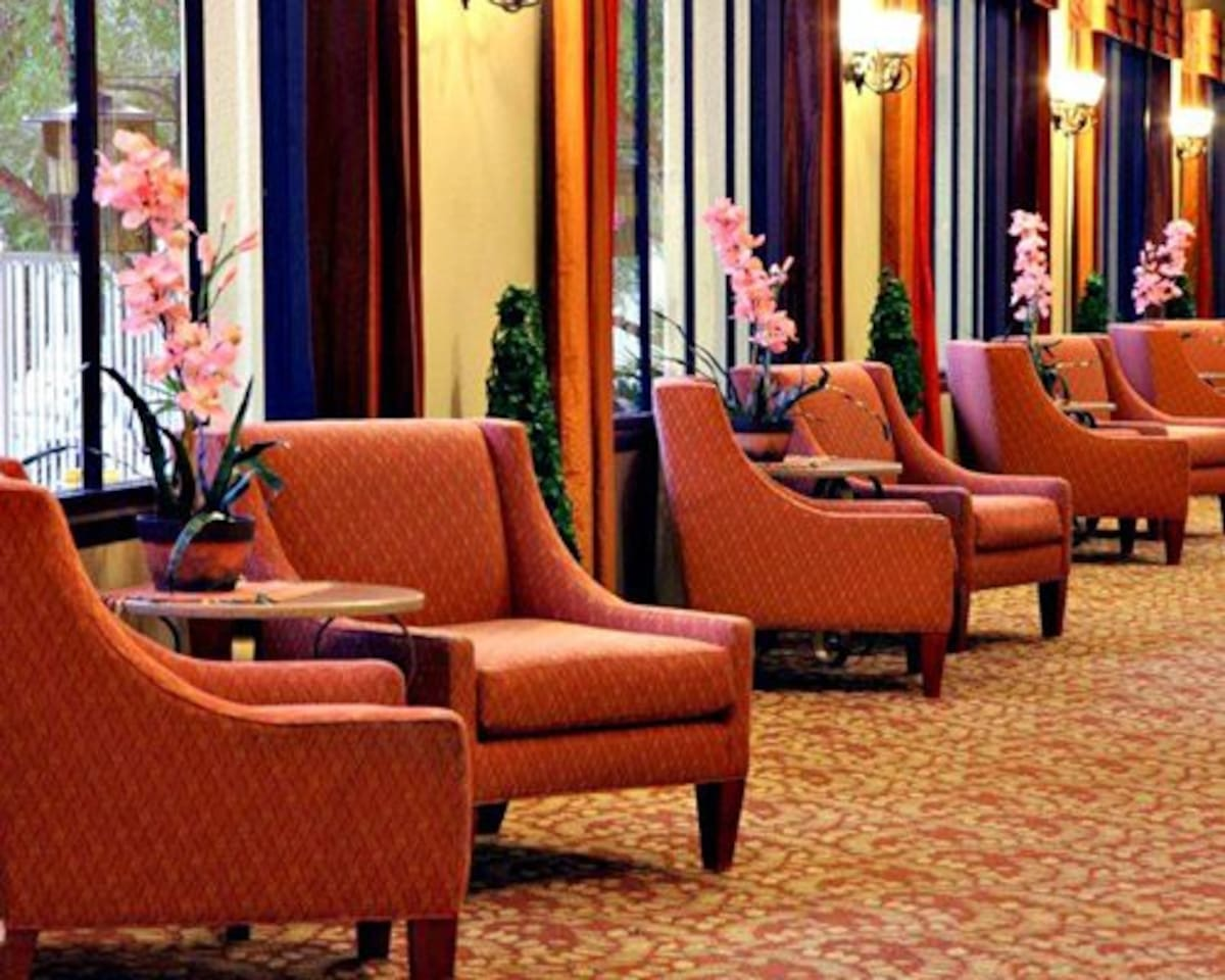 Get comfortable and relax while waiting in the lobby.