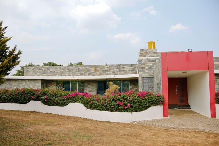 Splendid Bungalow in Kushalnagar