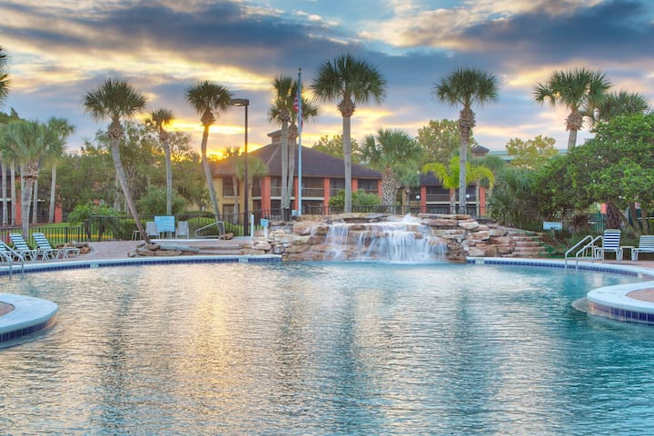 Legacy Vacation Resorts Palm Coast 2 bedroom Suite