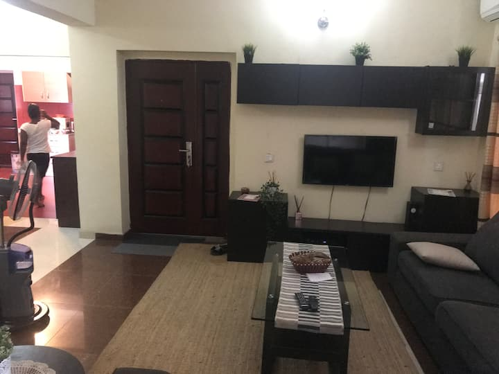 Fully Serviced Dream Apartment-Breakfast Included