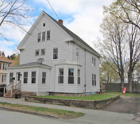 3-Story Historic home walkable to downtown Bangor