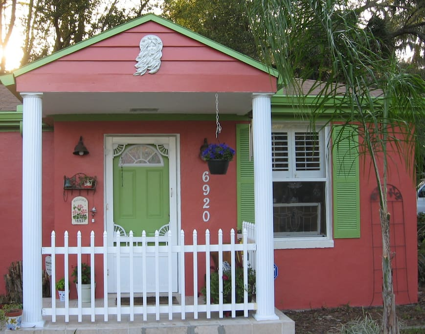 The Wren's Nest with a make-over with fresh paint in tropical Florida colors!