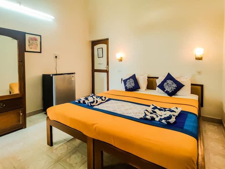 Cozy hotel room on Calangute Beach