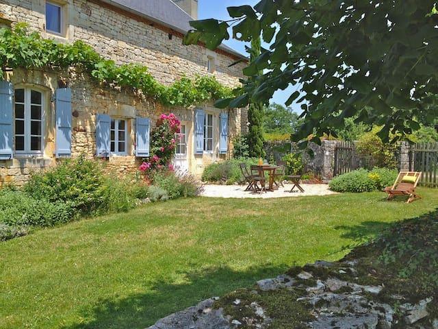 Gîte écologique en vallée de la Dordogne Lotoise