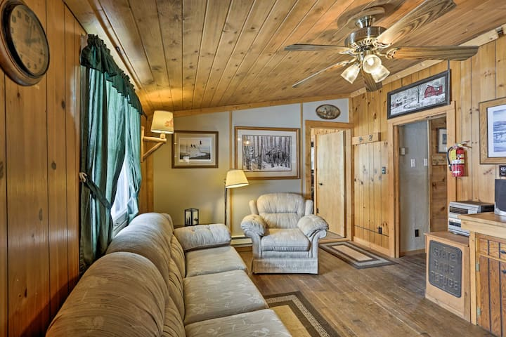 This cabin in Staples has 2 bedrooms and 1 bathroom for 4 guests.