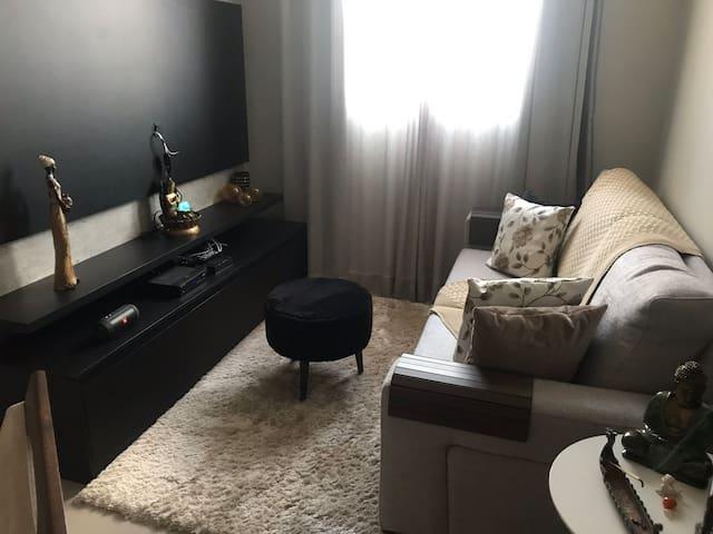 Apartamento acolhedor e confortável .