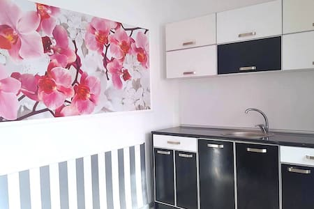 Deluxe S Apartment