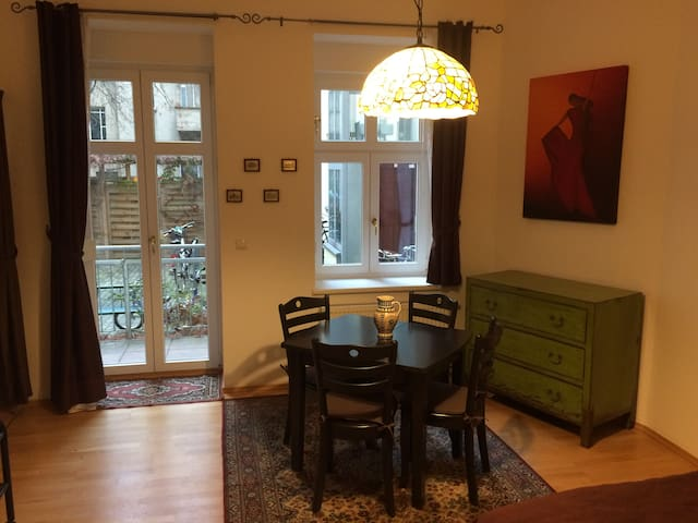 Charming Studio Apt in heart of Prenzlauer Berg