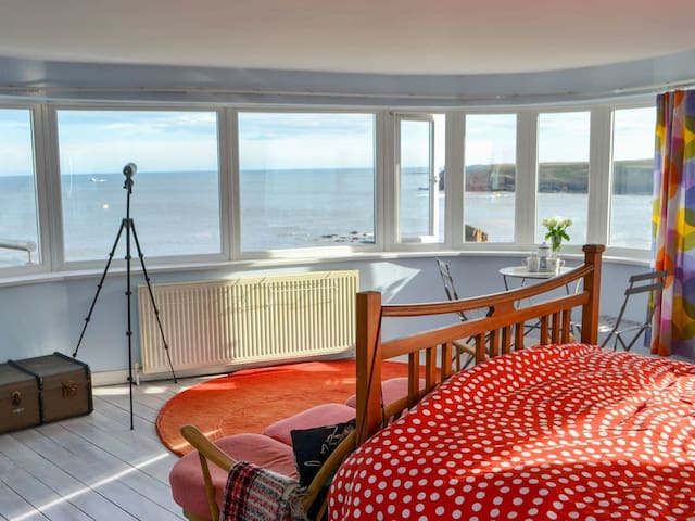 Sea View House (UK3314)