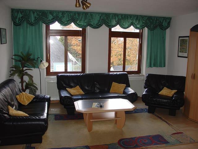 Gemütliche 3 RaumWohnung im Zentrum vom Erzgebirge - Annaberg-Buchholz - Apartment