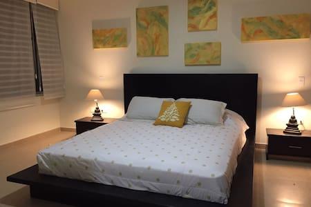 Hermosa suite moderna por estrenar full equipada. - Quito