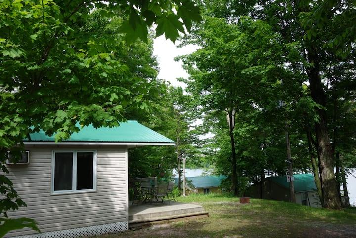 Lac St-Augustin Cottage - 19