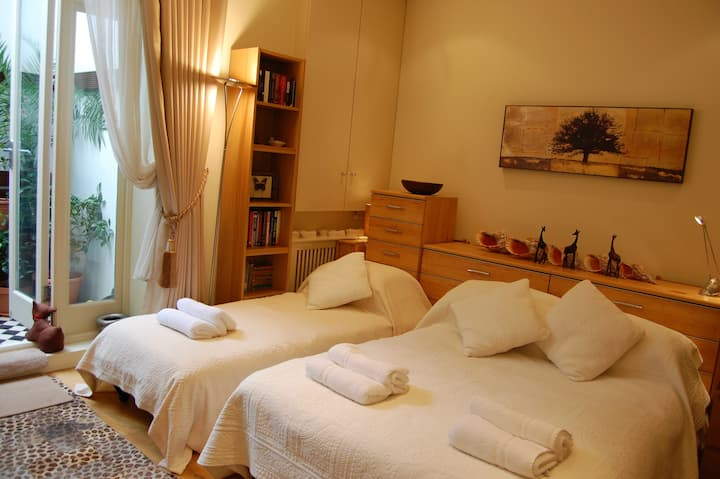 Great Breakfast, Double Bedroom/en-suite shower