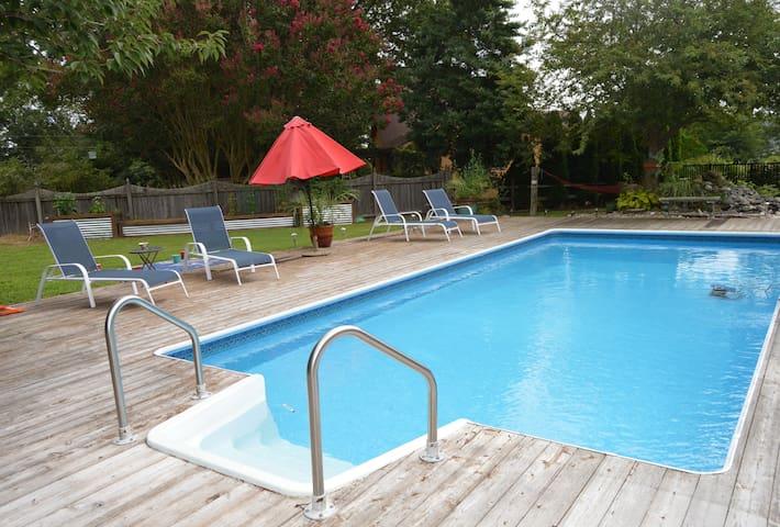 Backyard Oasis with Pool 5mis to Rehoboth