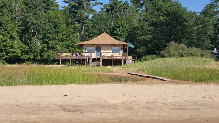 Beachhouse On Beautiful Sand Beach  Near Escanaba