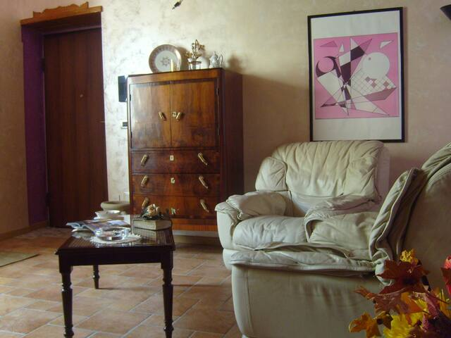 Dimora Vineola - Pignola - House